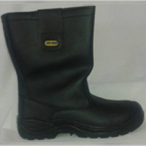 Warwick Steel Toe Capped Waterproof Boots